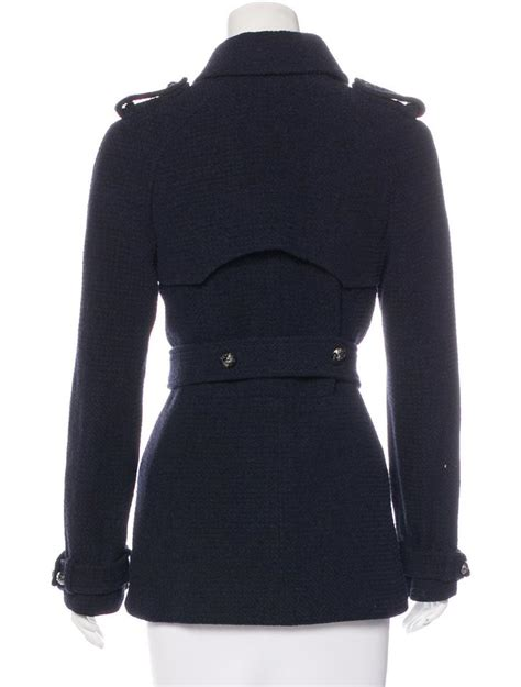 A Salt Pepper Tweed Trench From Navy Adds Style To Even The Most Challenged Budget Fashiontribes Fashion by Chanel Navy Blue Plane Breasted Pea Trench Coat