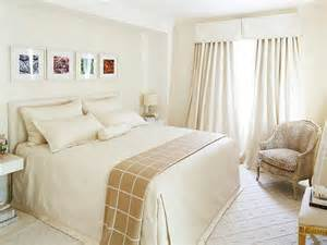 small bedroom decor 10 small bedroom designs hgtv