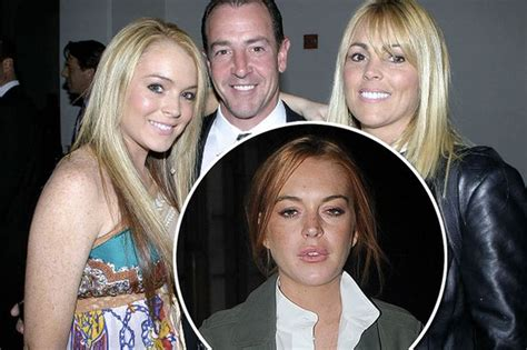 Lindsay Lohans Family Out Pumpkins For by Lindsay Lohan S Parents To Reunite To Shoot Reality Show