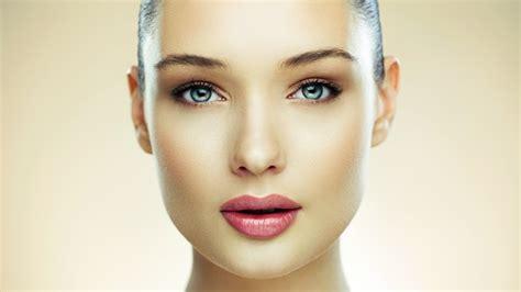 Memutihkan Wajah 8 manfaat madu untuk wajah bibir halus lembut
