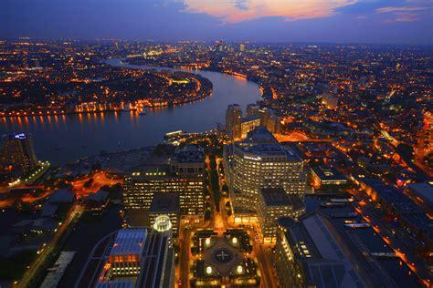 Thames River Urology | london looking down the thames river de la pen