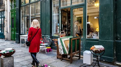 Uh Oh Somebodys On Sir Eltons St List by 41 Things To Do On Small Business Saturday Small