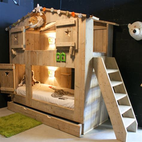 Bedroom Bureaus safarikamer stapelbed steigerhout steigerhouten bunkbed