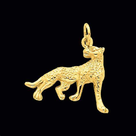 Cheetah Omega gold cheetah pendant