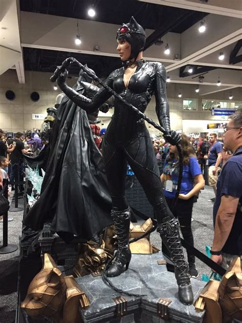atandrewbatreview sdcc  arkham knight catwoman life