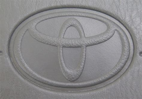toyota camry airbag light stays on 1997 2001 toyota camry steering wheel center airbag cover