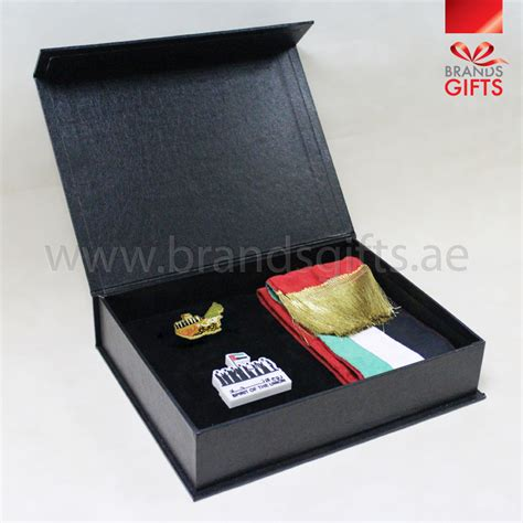 Luxury Giveaway Ideas - luxury uae day giveaways corporate gift sets promotional gifts