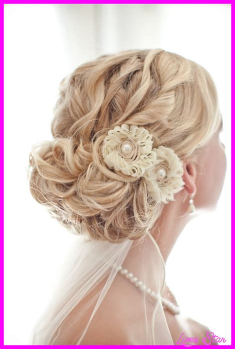 Bridal Bun Hairstyles With Veil by Bridal Hairstyles Low Bun With Veil Livesstar