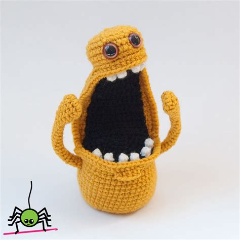 amigurumi monster pattern free the itsy bitsy spider crochet amigurumi monster