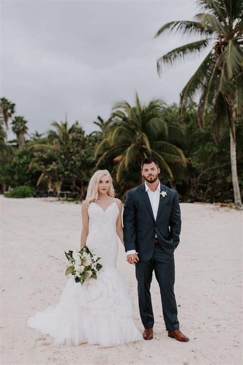 Stylish Jamaica Destination Wedding at Half Moon Rock