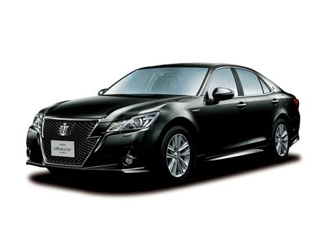 toyota crown 2013 toyota crown royal and athlete revealed autoevolution