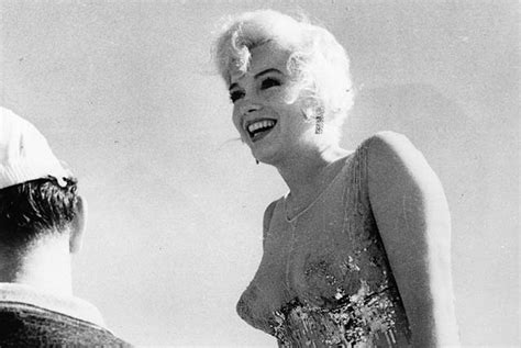 12305 Fifth Helena Drive by Marilyn Monroe S Lost Love Letters To Be Auctioned