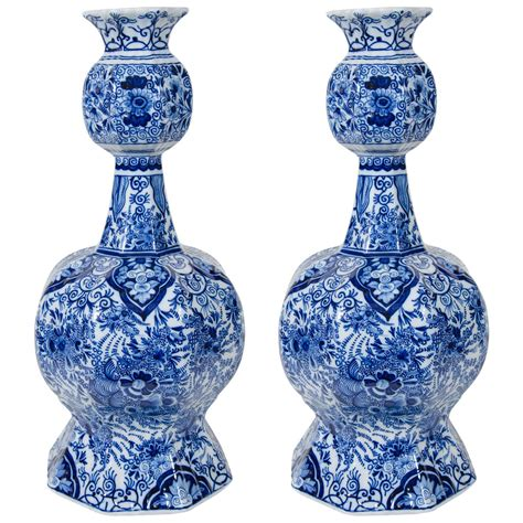 Blue Delft Vase by Pair Of Delft Blue And White Vases At 1stdibs