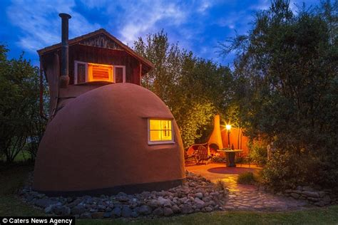 house shaped like a shoe new zealand guest house that looks like a giant shoe daily mail online