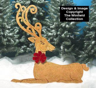 christmas golden elegant reindeer wood pattern