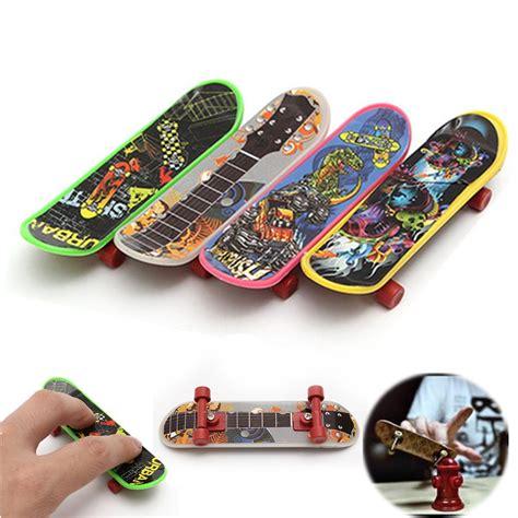 Tech Deck Fingerboard By B Toys 4pcs mini plastic tech deck finger board skateboards