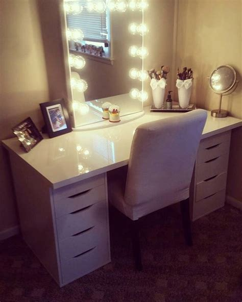 alex drawers vanity set ahh loving this classic duo from kaitreilley featuring