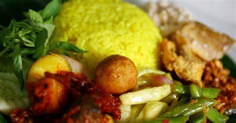 resep membuat nasi kuning ala jawa resep cara membuat nasi kuning menu buka puasa