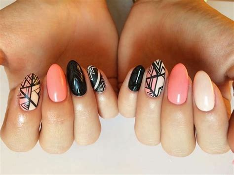aztec pattern nail art 21 aztec nail art designs ideas design trends