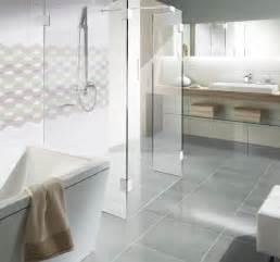 badewanne tiefer einstieg fishzero dusche glas freistehend verschiedene