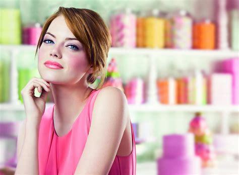 emma stone lipstick daydreamglamour com emma stone revlon brand ambassador