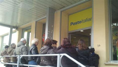 uffici postali frosinone truffa postale denunciato il figlio della dipendente