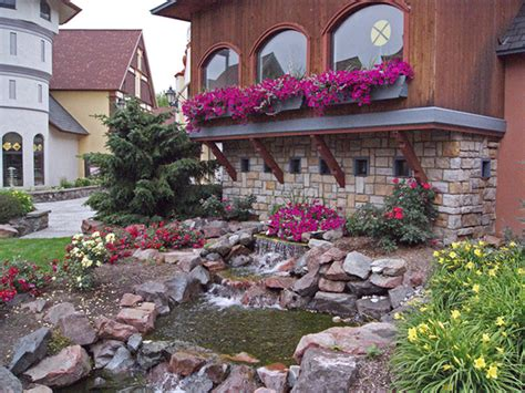 how to landscape a small backyard gardening landscaping small backyard landscaping ideas