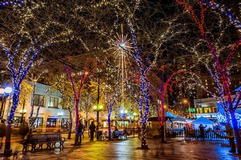 christmas lights in downtown seattle washington state