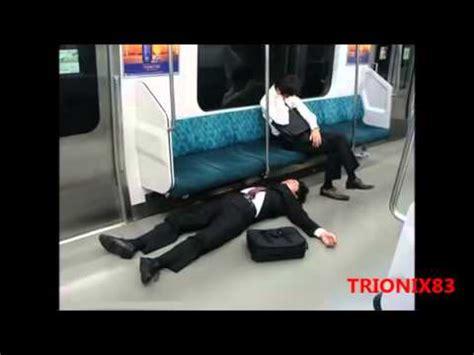 imagenes insolitas de personas gente graciosa durmiendo personas durmiendo en lugares