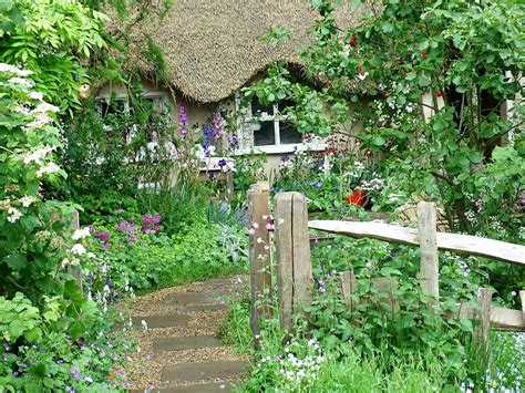cottage style garden ideas cottage garden design garden decoration