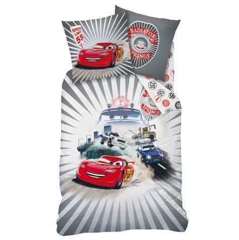 parrure de lit cars parure de lit cars housse de couette 140 x 200 cm linge de lit cars decokids tous