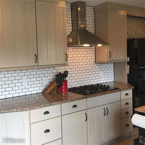 How To Put Up Kitchen Backsplash Dos And Don Ts From A Time Diy Subway Tile Backsplash Install Family Handyman