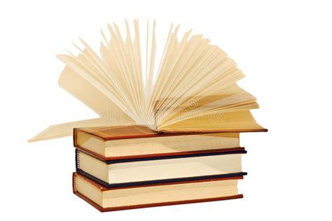 libro comisario dupin 3 un un libro abierto en el movimiento imagen de archivo imagen de cartas librer 237 a 12876999