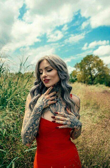 oltre 25 fantastiche idee su donne tatuate su oltre 25 fantastiche idee su ragazze tatuate su vestiti topic topic e