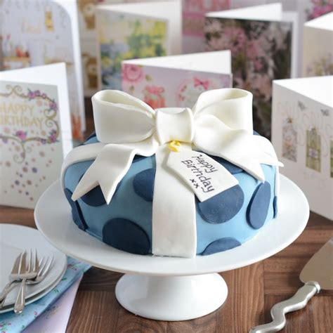 birthday present cake decorating tutorial s
