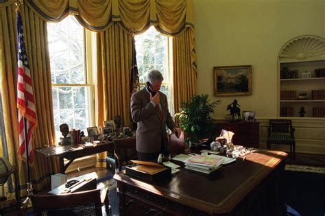 clinton oval office humanitarian intervention during the clinton presidency