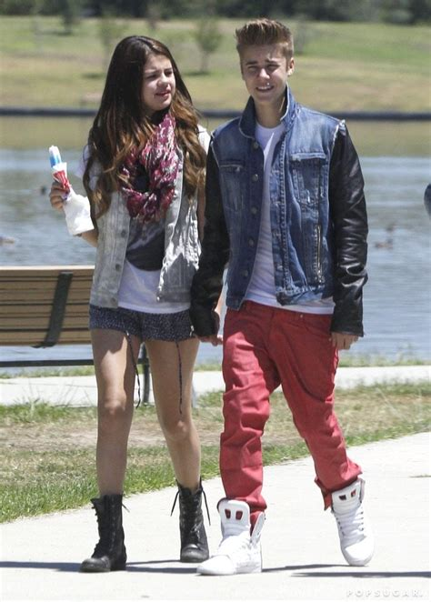 Selena Gomez and Justin Bieber at Lake Balboa November ... Justin Bieber And Selena Gomez Back Together 2017