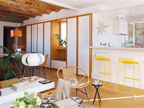 bar voor in de woonkamer zomerse woonkamer met keuken bar en eetkamer interieur