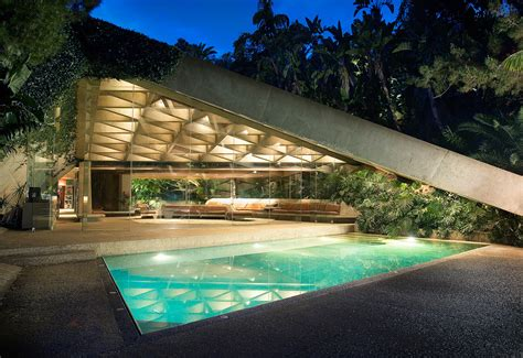 Jimmy Goldstein House by F Goldstein The Goldstein Residence
