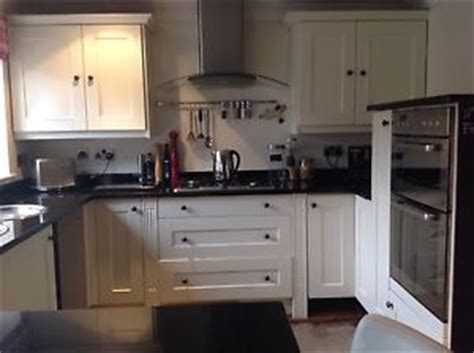 second hand kitchen appliances second hand cream shaker kitchen units granite worktops