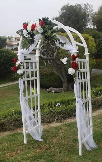 Wedding Lattice Arch by 17 Best Ideas About Wedding Arch Tulle On