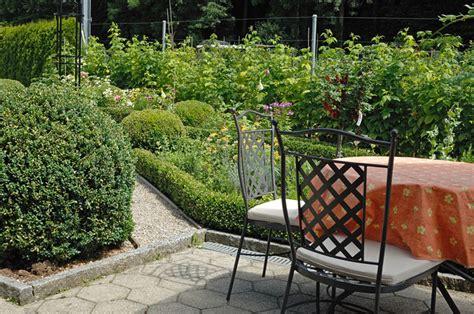 Sitzplätze Garten Bilder by Sitzpl 228 Tze Pictures To Pin On