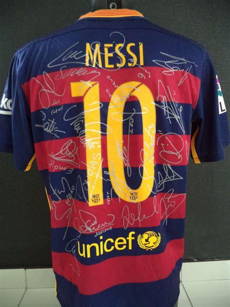 Barcelona Signature 1 T Shirt fc barcelona team signed 2015 2016 home shirt signature