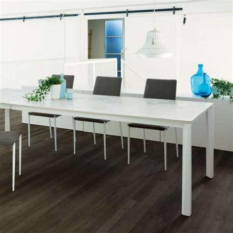 table cuisine ceramique table extensible moderne en c 233 ramique et acier laqu 233