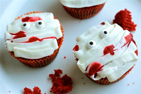 halloween cupcakes fun halloween cupcakes