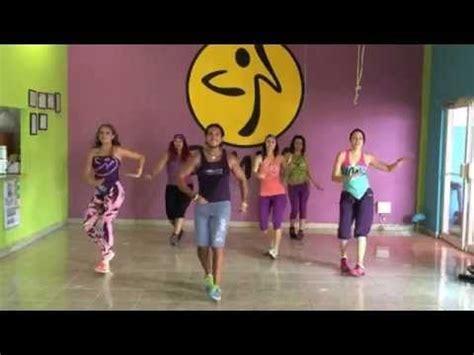 zumba steps and songs quot bailando quot enrique iglesias zumba ivan monterrey feat