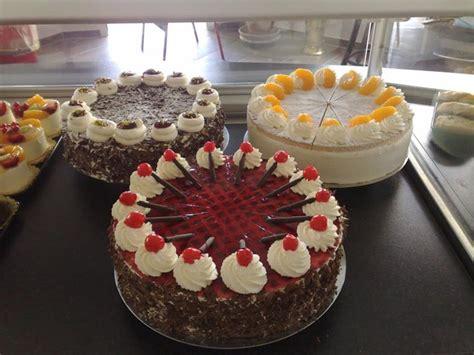 Torten Konditorei by Konditorei Cafe Hummel Feinste Pralinen Und Torten