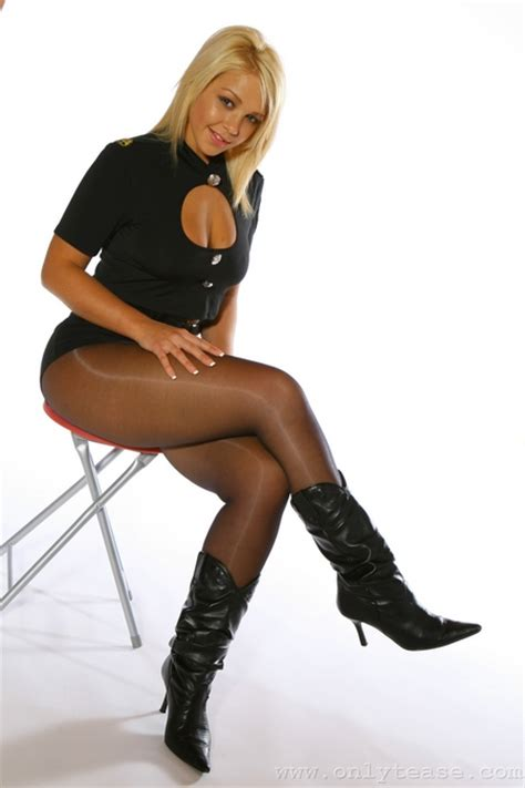 lovely boots and black
