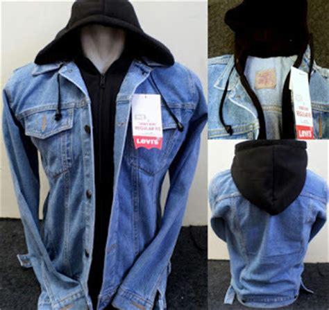 Hoodie Jumper Believe In God Baju Distro Jaket Distro jaket levis hoodie bioblitz kombinasi hitam sepertiga