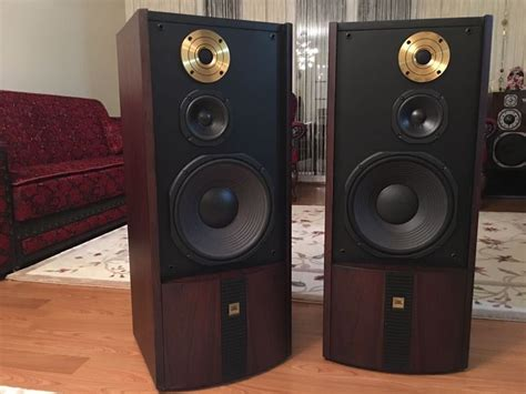Home Theater Large Or Small Speakers Jbl Gold Special Productions Audiophile